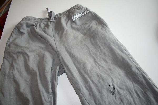 1-pantalon-troue