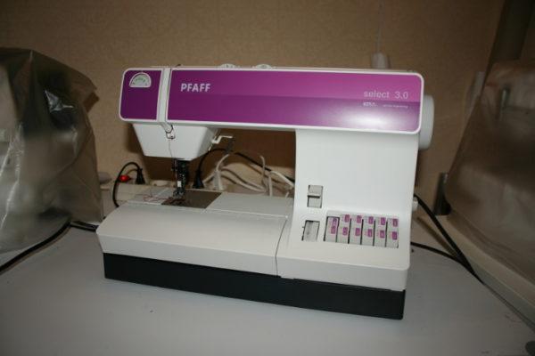 ma machine à coudre PFAFF